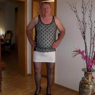 Dating schüchtern Sex Transvestiten Domantiker