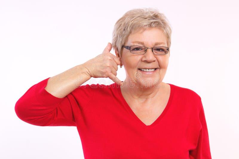 Einsame Frau Zwerg besorgt ruft Chtitten