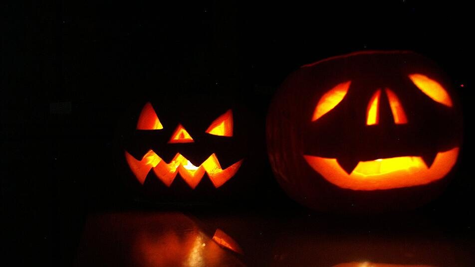 Halloween für nicht-professionelle Deutsche Männerpaar